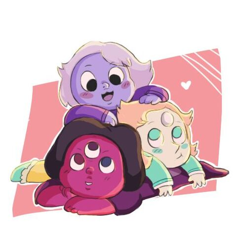 File:Baby Crystal gems.jpg