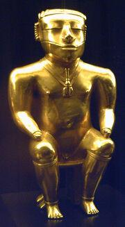 Cacique Quimbaya de oro (M. América, Madrid) 01.jpg