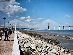 Ponte Vasco da Gama Portugal.jpg
