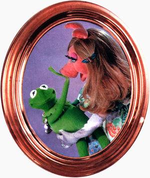 BravoPoster-Kermit&Piggy