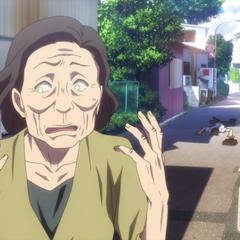 Yū possessing an elderly lady