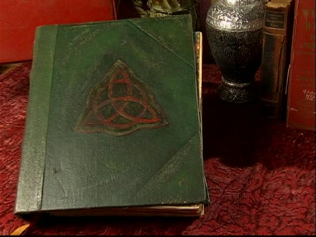 File:Charmed book of shadows.jpg