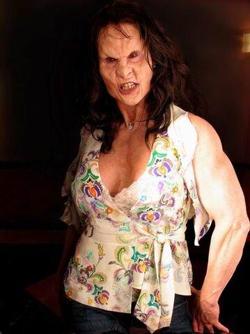 File:Hulk Phoebe's costume 07.jpg