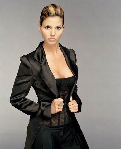 File:Charisma-carpenter1.jpg