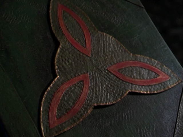 File:Book seperates triquetra.png