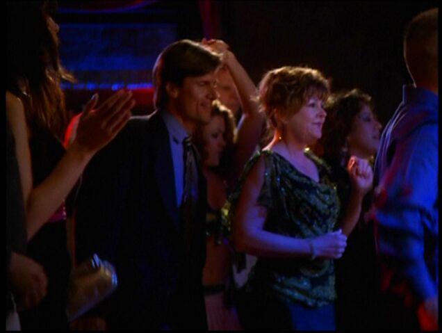 File:Elise dancing.jpg
