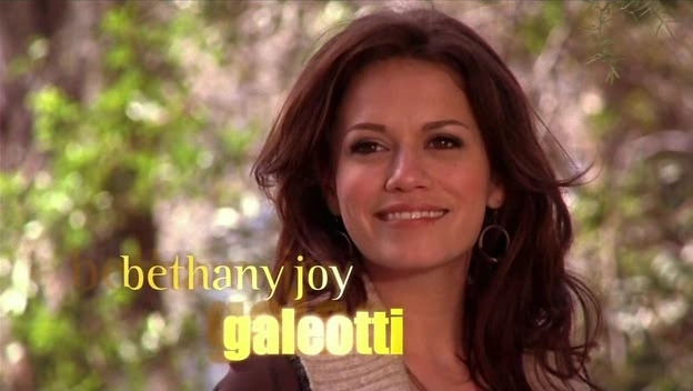 File:One-Tree-Hill-Opening-Credits-season-8-bethany-joy-galeotti-15659347-624-352.jpg
