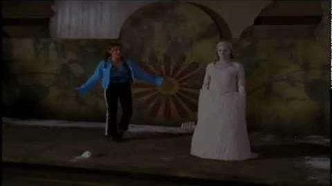 Phoebe Halliwell Levitation
