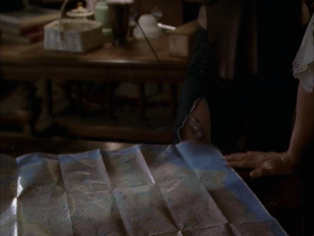File:8x09ScryingCrystal.png
