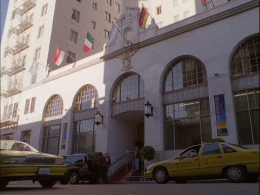 File:Hotel neptune.jpg