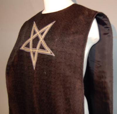 File:Triad robe.jpg