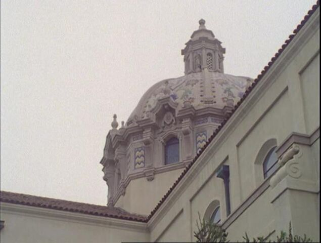 File:Church-charmed-again-part2.jpg