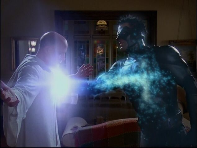 File:Charmed - S05E05 - Episode 93 - Witches In Tights.mkv 002196960.jpg
