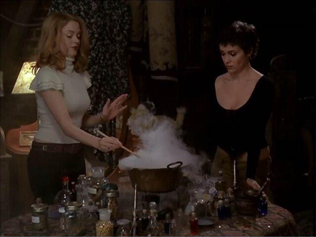 File:6x09 paige & phoebe potion making.jpg