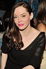 Rose MercedesBenz FashionWeek-MaxAzria Feb12