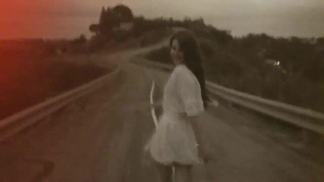 File:Lana Del Rey - Summertime Sadness 441.jpg