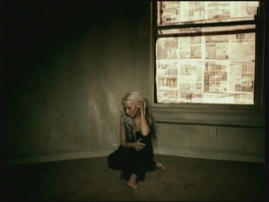 File:Christina-aguilera-beautiful-01-jpg.jpg