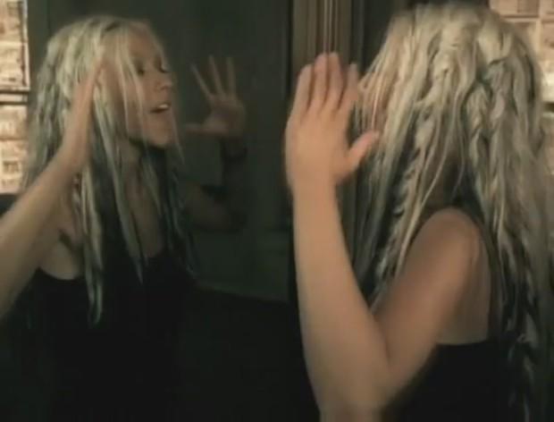 File:Beautiful-Music-Video-christina-aguilera-26415855-893-680-620x472.jpg