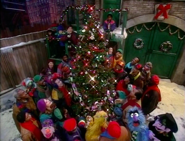 File:Elmo-saves-christmas-06.jpg
