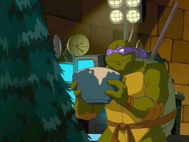 File:Donatello with a bowl of cookie dough.jpg