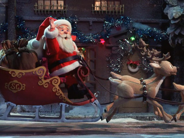 File:Here comes santa clause.jpg