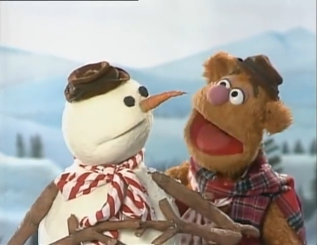 File:Fozzie with the snowman.jpg