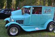 Edgefield's Heritage Jublilee 2011 Car Show 005