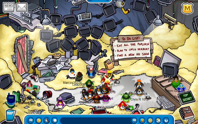 File:ClubpenguinHQmess.png