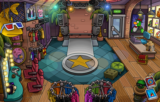 File:HalloweenParty2013ClothesShop.png
