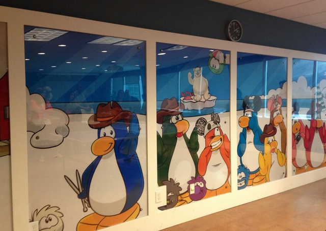 File:Penguin Wall CP HQ.png