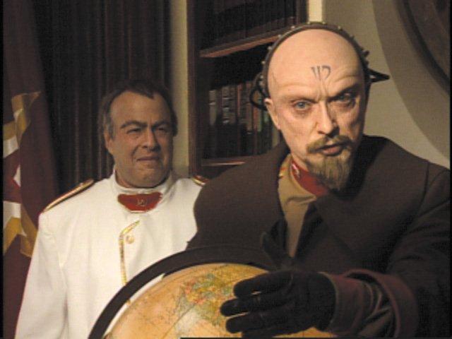 File:RA2 Romanov and Yuri.jpg