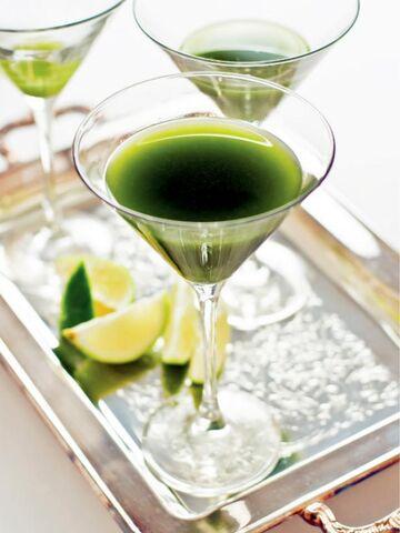 File:Original Sam-Henderson-Matcha-Green-Tea-Gimlet-Beauty s3x4.jpg.rend.hgtvcom.616.822.jpeg