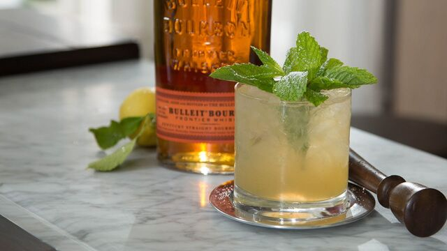 File:Whiskeysmash.jpg