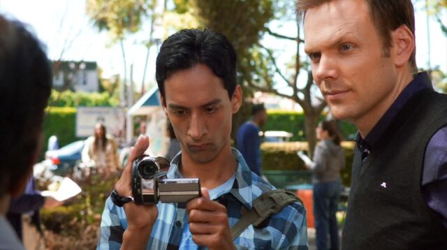 File:1x3 Jeff and Abed 1.jpg