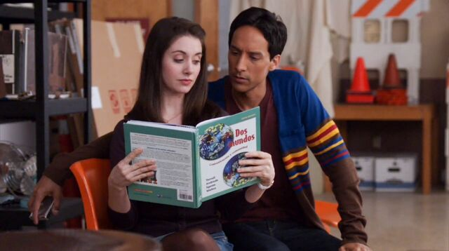 File:1x17 Annie and Abed1.jpg