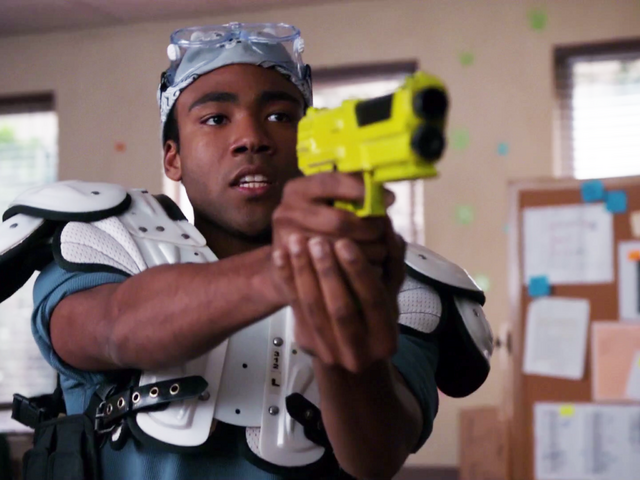File:1X23 Troy with a paintball gun.png