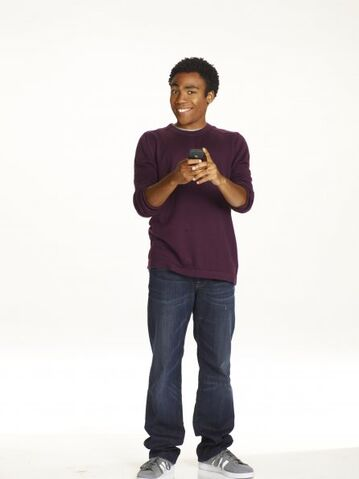 File:Community s2 donald glover 004 595.jpg