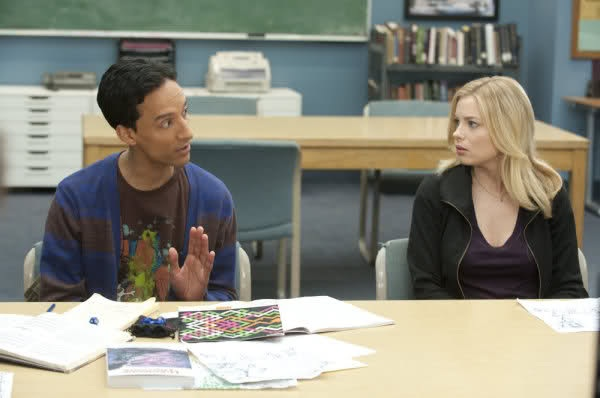 File:2X14 Abed and Britta.jpg