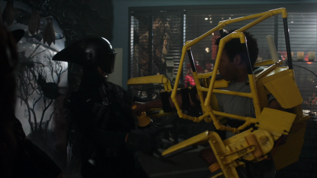 File:Troy as Ripley and Abed as the Alien.png
