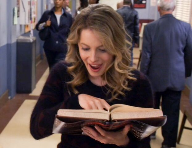 File:Britta finds some spoilers.jpg