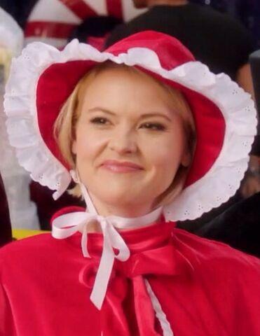 File:Glee Club Girl -2.jpg