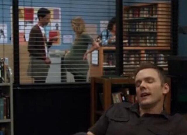 File:Abed in the Background.jpg