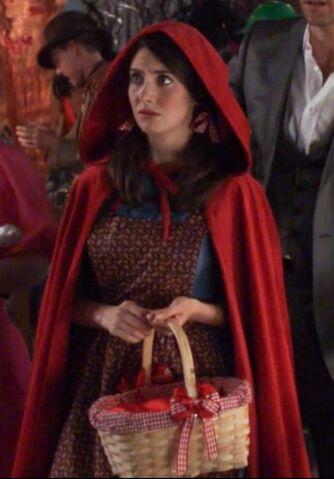 File:2x6 Annie Little Red Riding Hood1.jpg