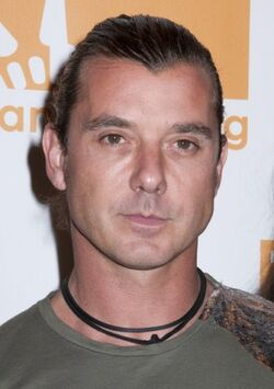 a short biography of gavin rossdale an english musician and lead singer of the rock band bush Gavin mcgregor rossdale is an english musician and actor, and lead guitarist  and singer of the rock band bush after bush, gavin wrote soundtracks for a.
