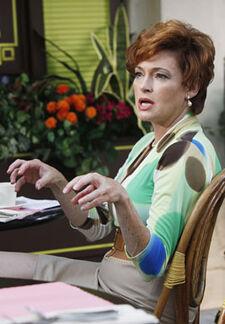 Carolyn Hennesy as Barb Coman
