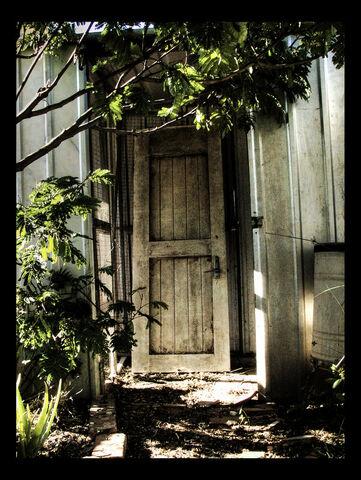 File:The Scary Door by HoodyBoody.jpg