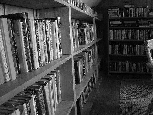 File:Old bookshelves.jpg