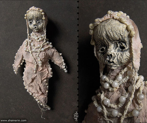 File:2a58d creepy-mummy-dolls-17.jpg