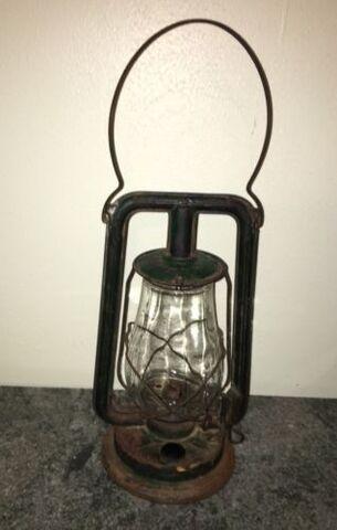 File:Oil lantern.jpg