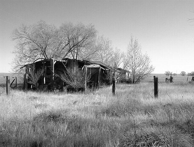 File:Broken down house field.jpg
